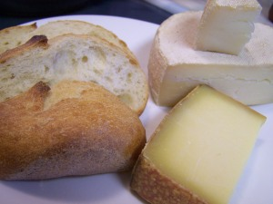 fondue bread cheese